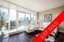 VANCOUVER FABULOUS VIEW PENTHOUSE WITH 2 HUGE DECKS for sale:  1 + den 1,004 sq.ft. (Listed 2020-07-29)